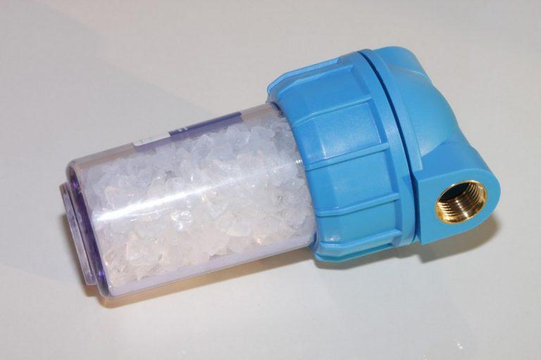 Comment réduire la dureté de l'eau dans sa canalisation ?