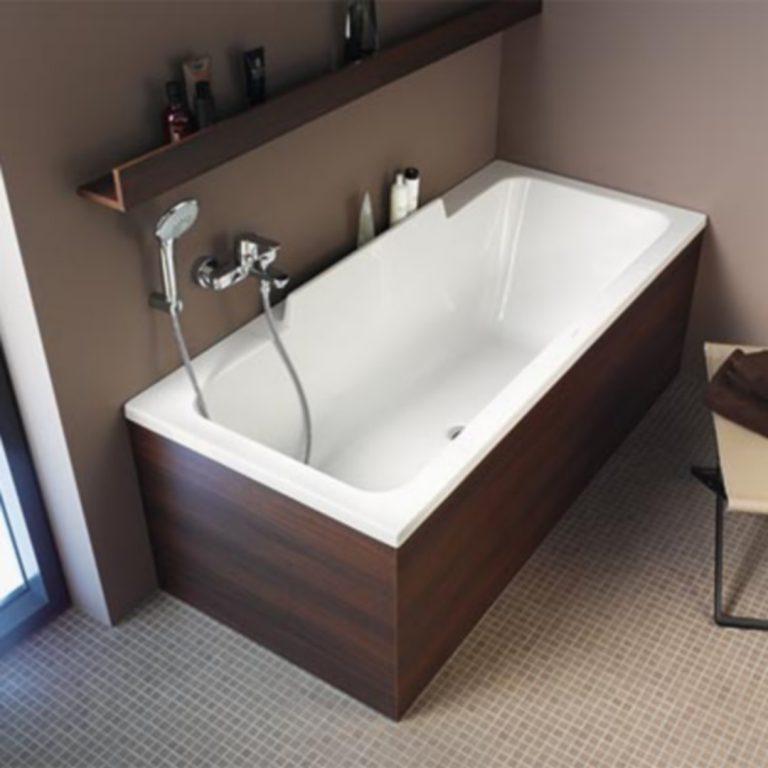 La mise en place d'une baignoire